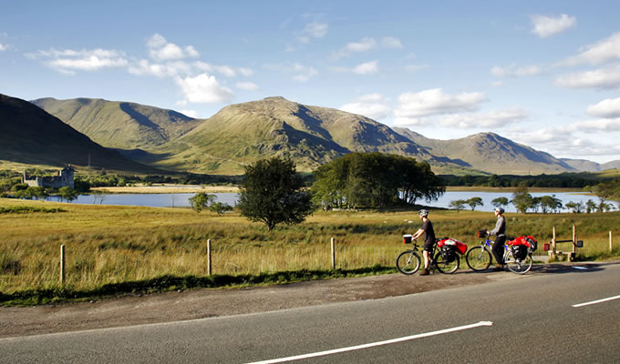 Cyclists at Loch Eck